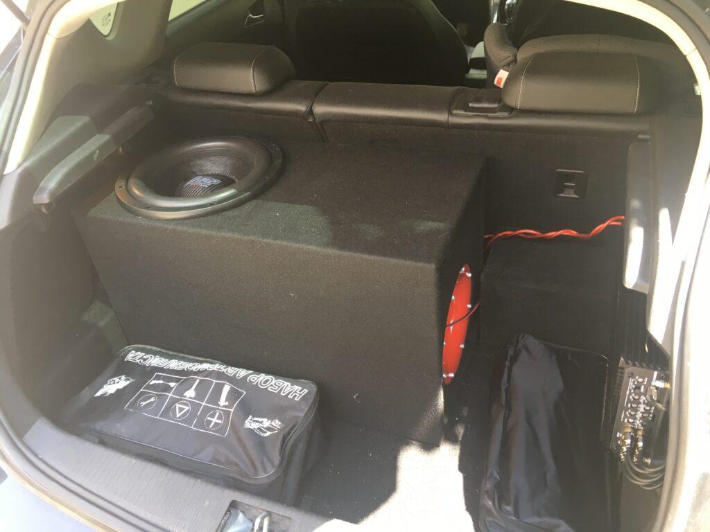 багажник сабвуфер